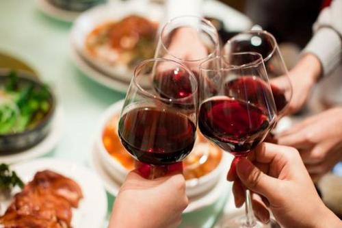 长期喝酒酒精中毒症状是什么