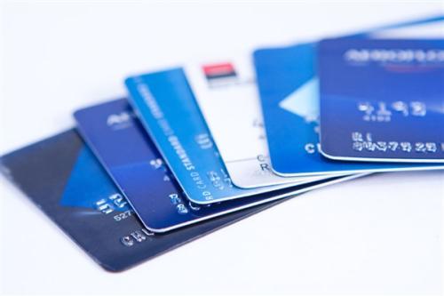 银行卡年费是多少