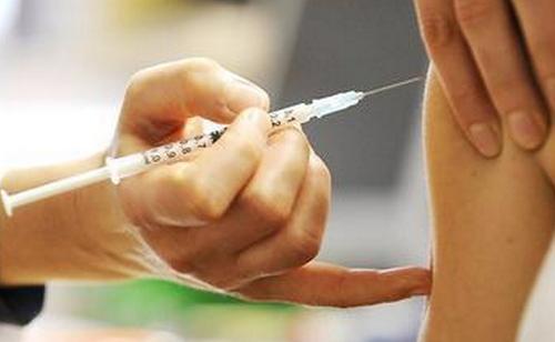 注射新冠疫苗第一针和第二针有哪些区别