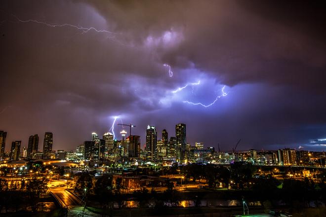 极端暴雨的定义是什么?暴雨分哪些量级?