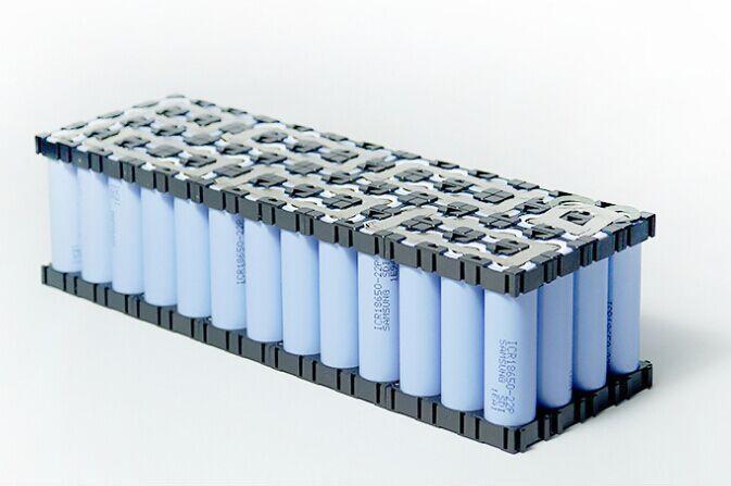 在电动车行业,铅酸电池和锂电池有哪些区别